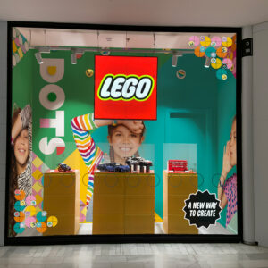 Escaparate LEGO DOTS La Vaguada